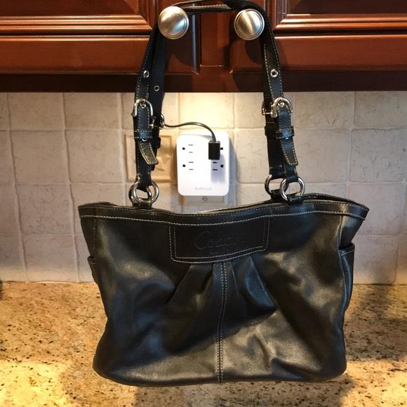 Coach Handbags - Used black Coach pocketbook